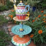 Awesome outdoor junk garden to reuse your old stuff 01