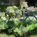 Awesome outdoor junk garden to reuse your old stuff 03