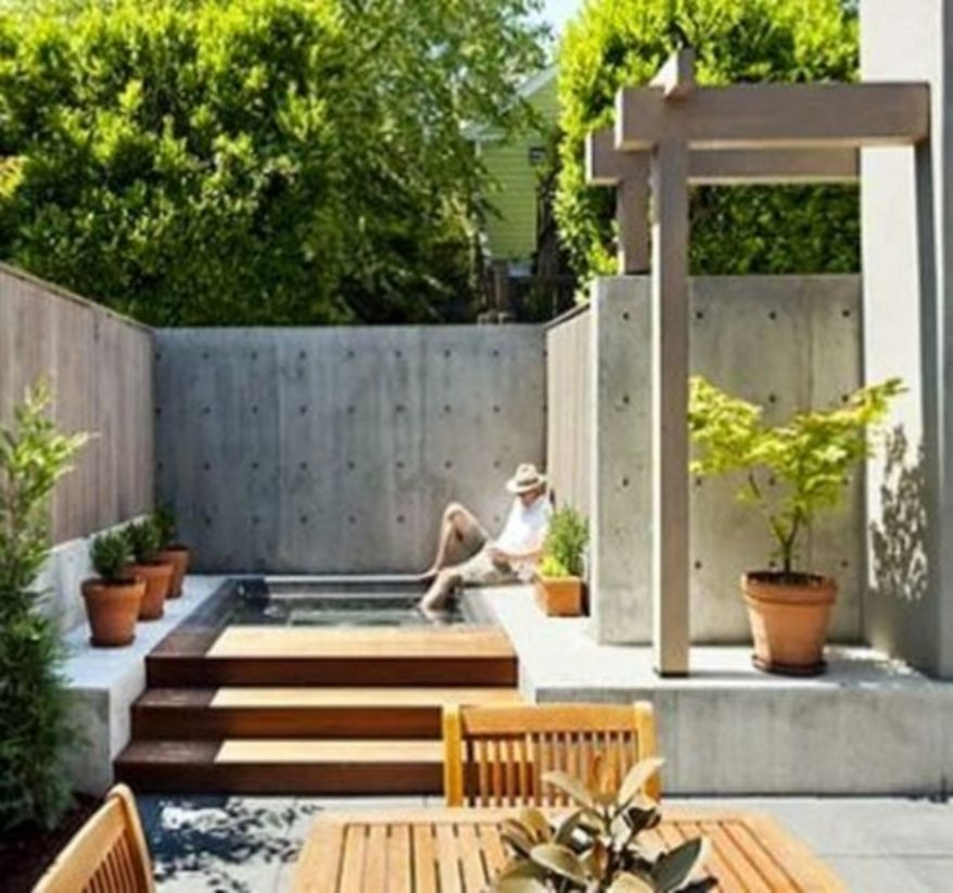 Outdoor living spaces with jacuzzi tubs