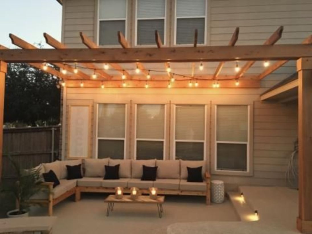 Outdoor sectional for outdoor living space