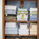 Ways to organizing your chaotic linen closet 11