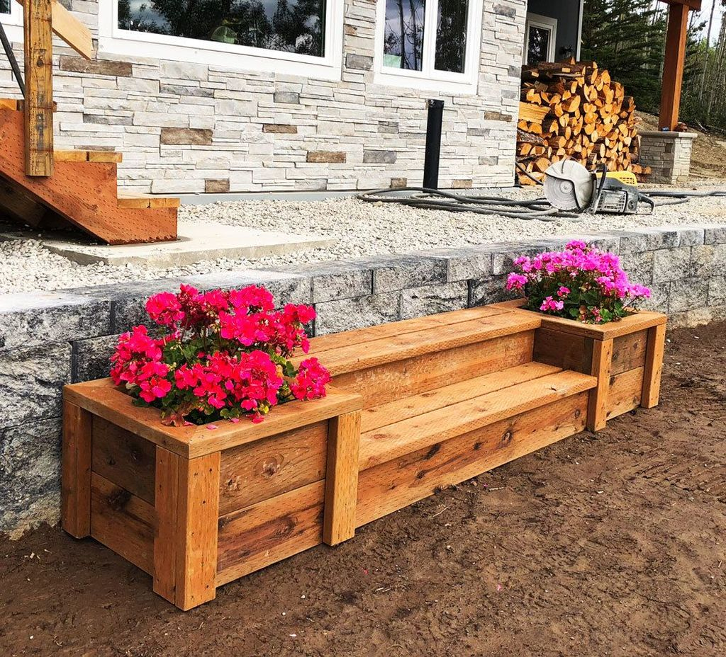 Diy wooden bench combined with flowers