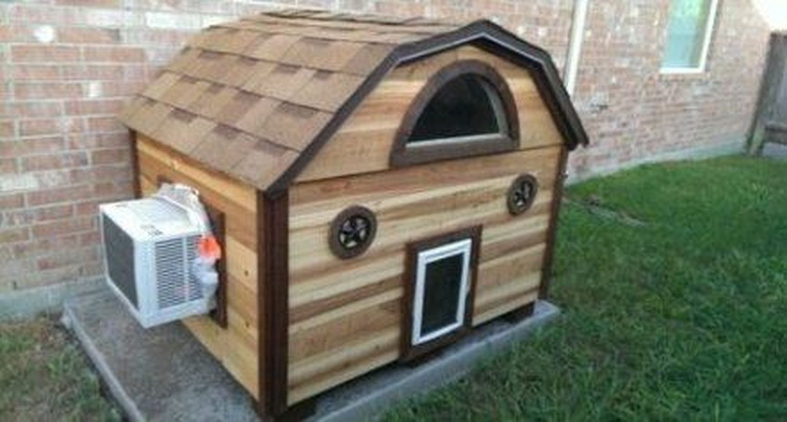 Unique small dog house