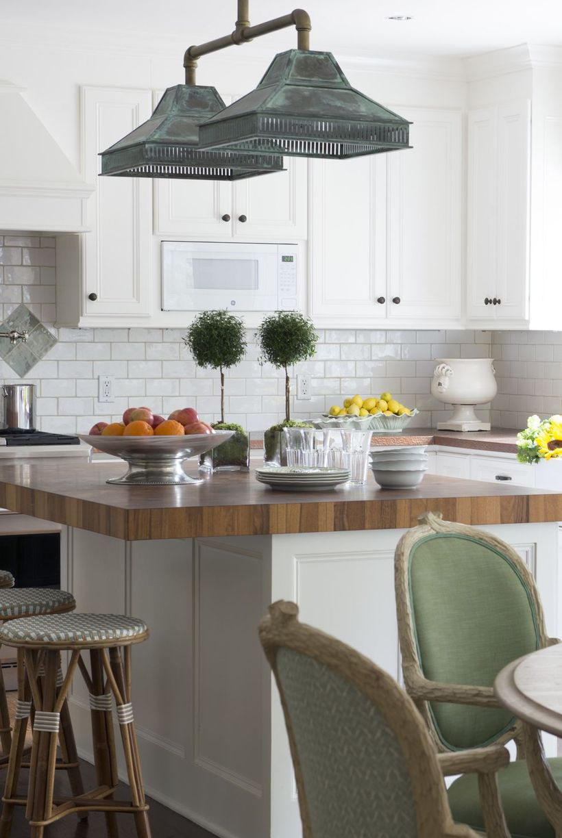 Awesome-kitchen-bohemian-style-with-rattan-stool-chair-for-kitchen-island-and-unique-chandelier-to-create-good-lighting