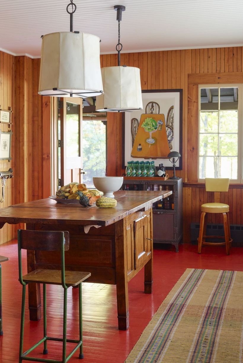 Unique-chair-wooden-table-kitchen-and-unique-chandelier-can-be-used-to-decorate-your-kitchen-to-create-a-bohemian-atmosphere