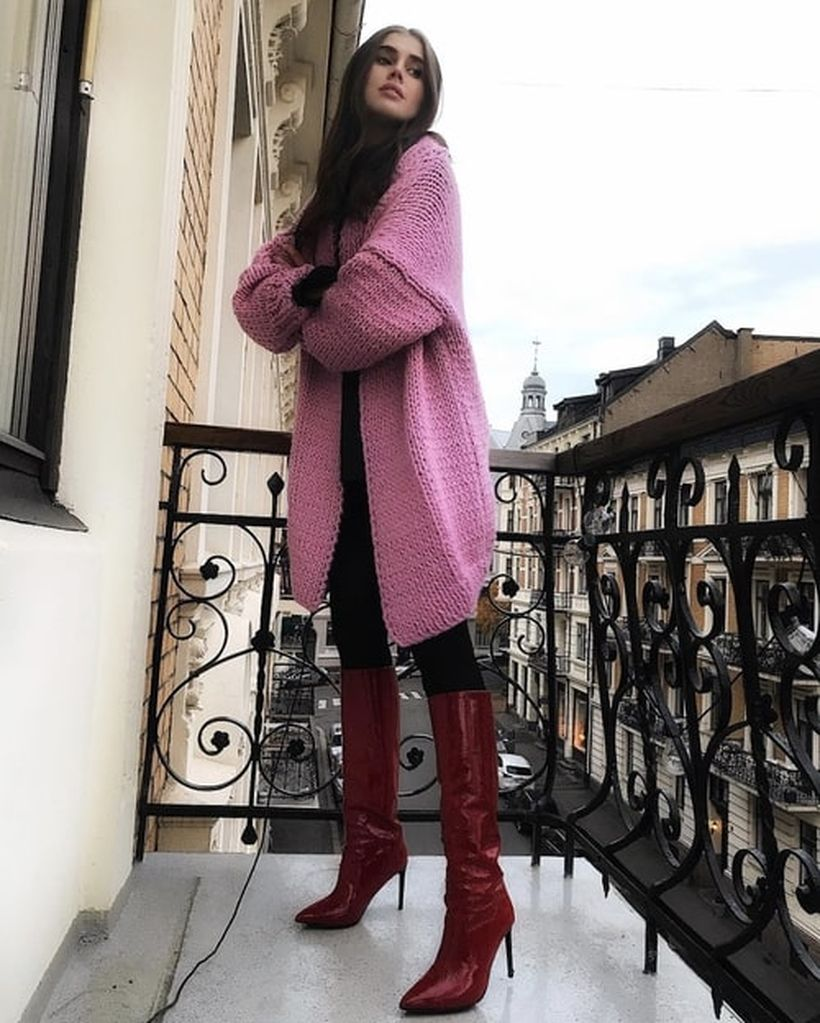 3sweater-and-leggings-outfits-for-fall-267779-1536948728574-image.500x0c