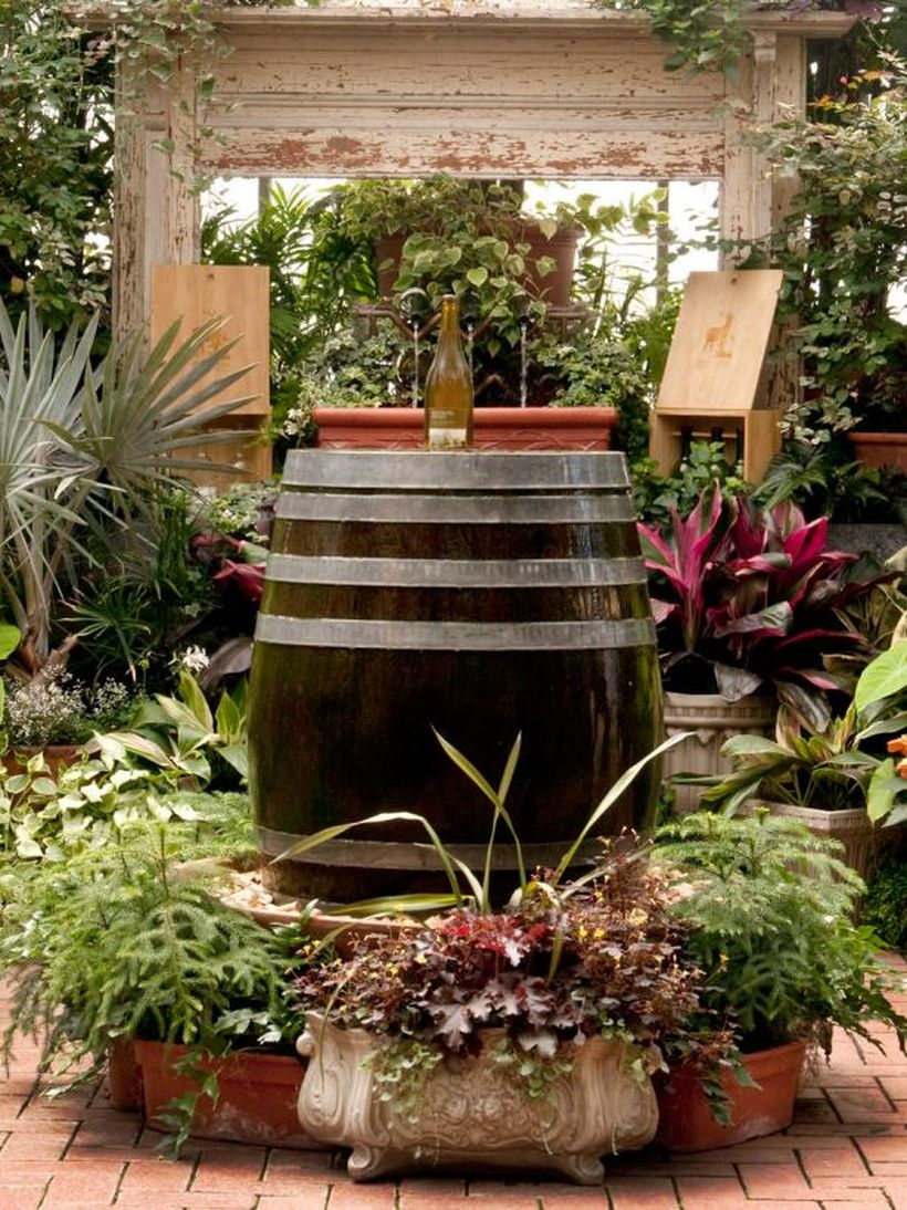 Wine-barrel-and-bottle-fountain